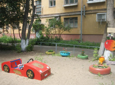 Детская площадка своими руками: фото-идеи 89