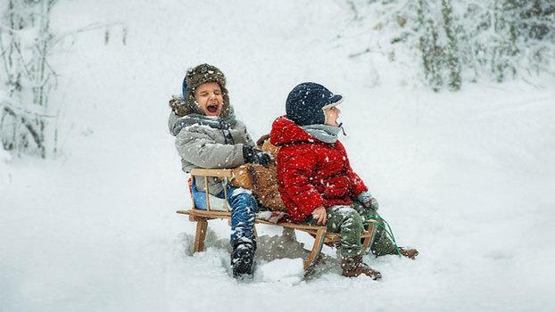 Зимние игры с детьми на улице или Самый подходящий день – сегодня!