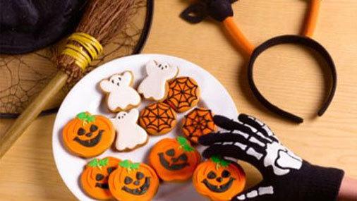 Отметить с детьми Хэллоуин - идеи поделок, оформления интерьера, проведения праздника