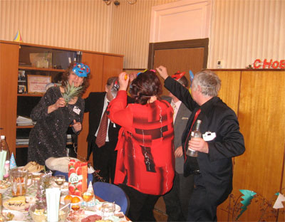 Сценарий празднования Нового Года с коллегами по работе