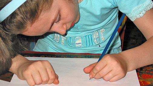 Как научить ребенка писать красиво и быстро