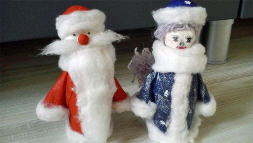 Дед Мороз и Снегурочка под елочку и Новогодние часы