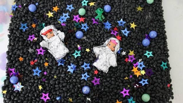 В космос с детьми! Подборка потрясающих игр на тему космоса в домашних условиях