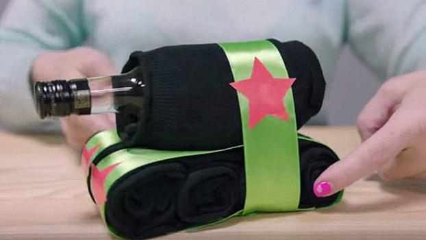Танк из носков. Идея оформления подарка к 23 февраля