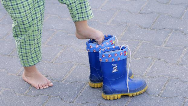 Детская обувь на весну. Сколько пар обуви нужно ребенку весной?