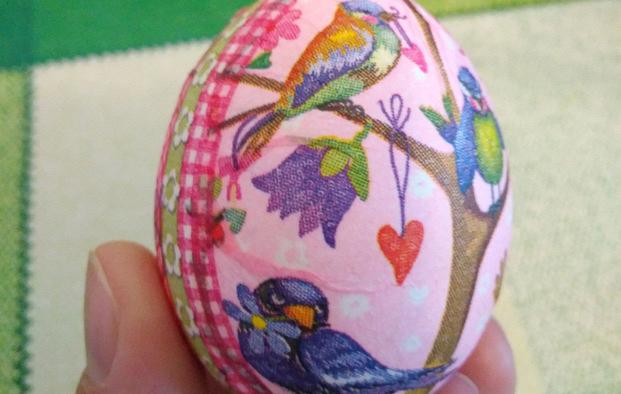 Декорируем яйца к Пасхе в технике декупаж