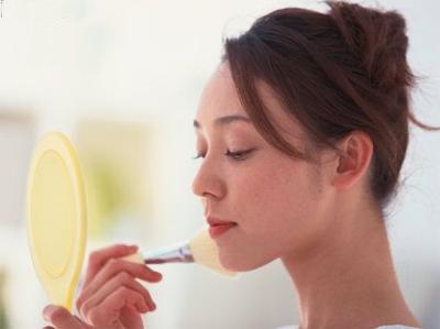 Уроки макияжа. Коррекция овала лица / Секреты красоты