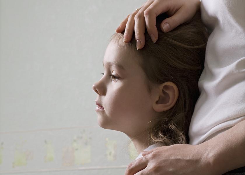 Дети после развода. Можно ли говорить ребенку, что он не нужен папе и как ему общаться с отцом