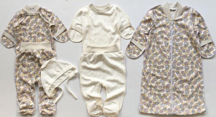 Костюмы для новорожденных (65 фото): вязаные теплые модели для девочек, шерстяные и плюшевые, в виде зайчика и медвежонка