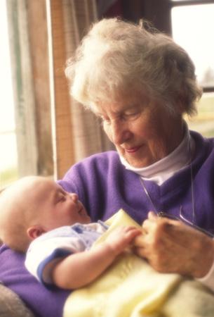 Бабка учит секу